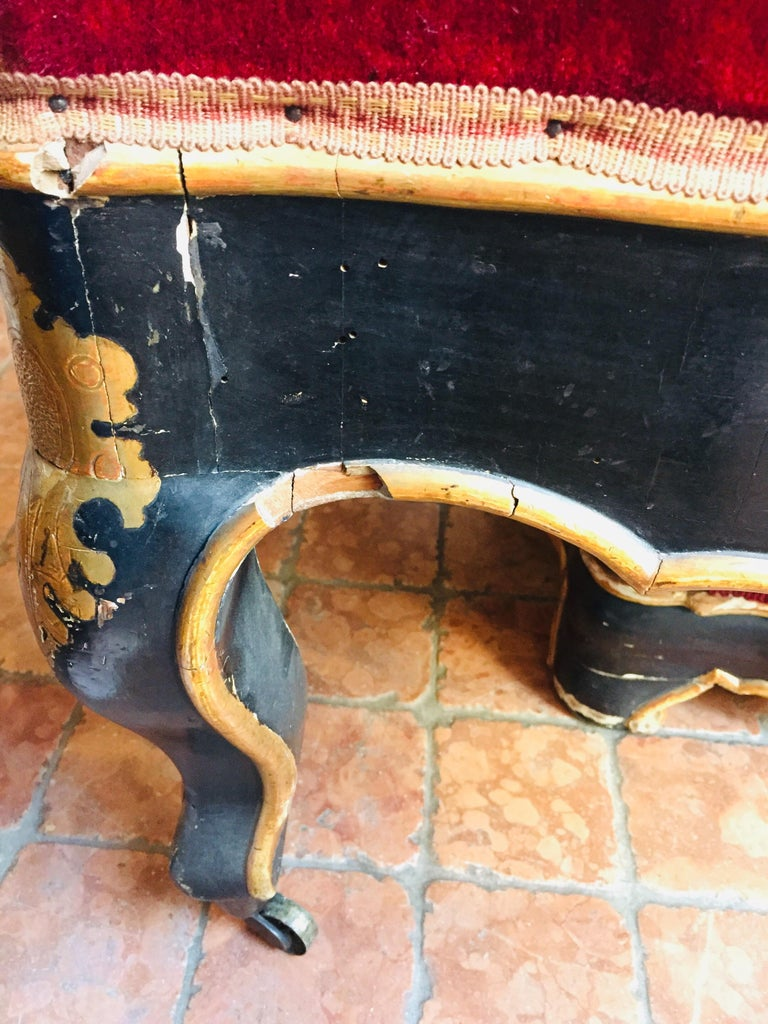 19th Century Italian Sicilian Armchair and Footrest Lacquer Gilding Red Velvet 4