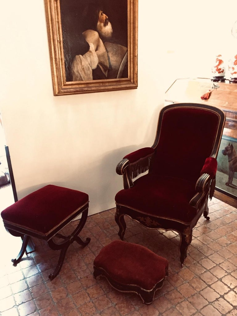 19th Century Italian Sicilian Armchair and Footrest Lacquer Gilding Red Velvet 3