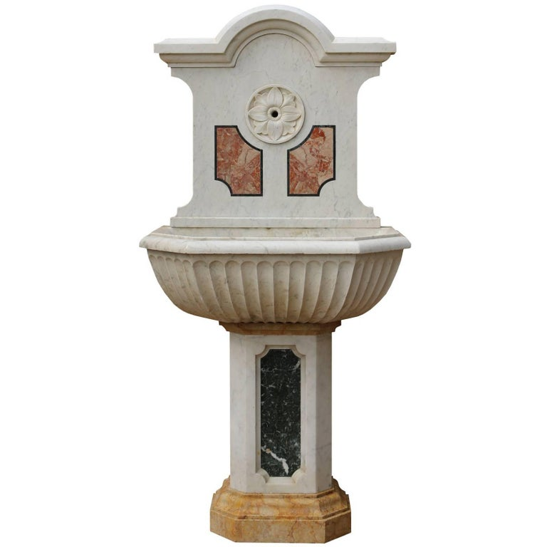 19th Century Italian Three-Color Marble Fountain / Basin