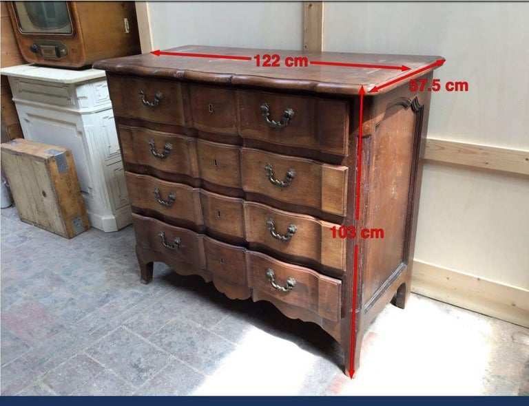 19th Century Italian Walnut Chest of Drawers, 1890s For Sale 4