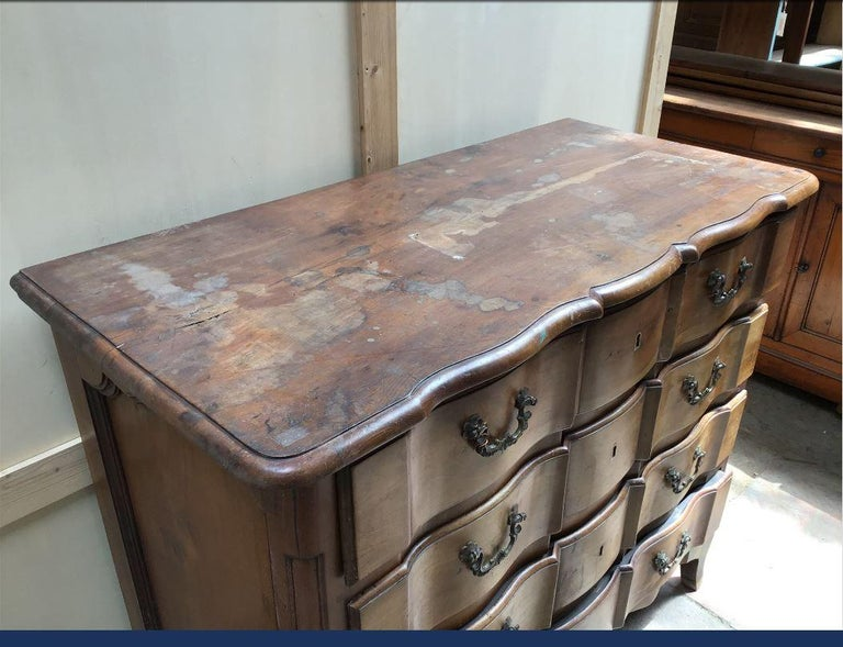 Late 19th Century 19th Century Italian Walnut Chest of Drawers, 1890s For Sale