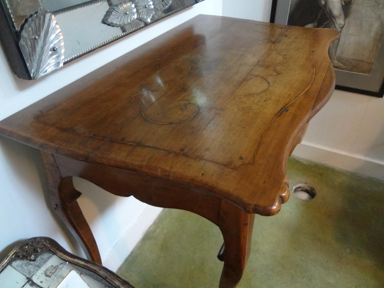 19th Century Italian Walnut Console Table In Good Condition For Sale In Houston, TX
