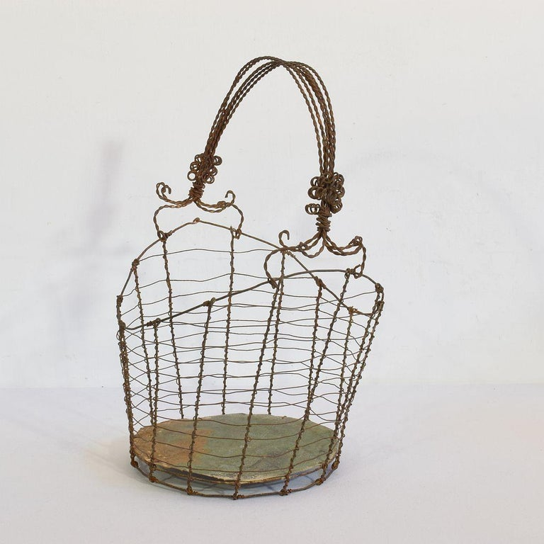 19th Century Italian Wirework Basket In Good Condition For Sale In Amsterdam, NL