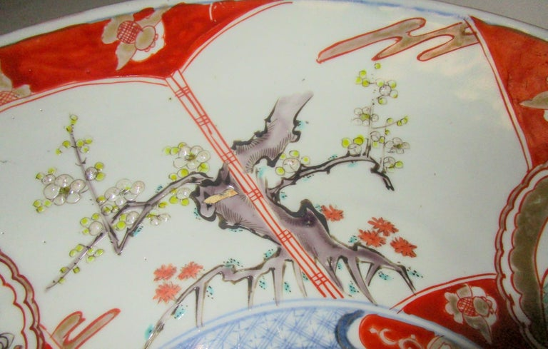 19th Century Japanese Meiji Period Imari Charger For Sale 1