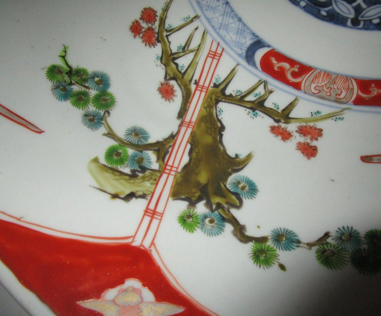19th Century Japanese Meiji Period Imari Charger For Sale 2