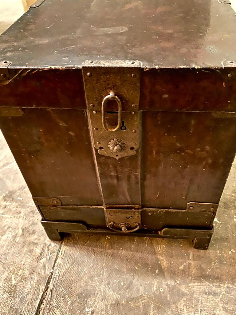 19th Century Japanese Trunk For Sale 2