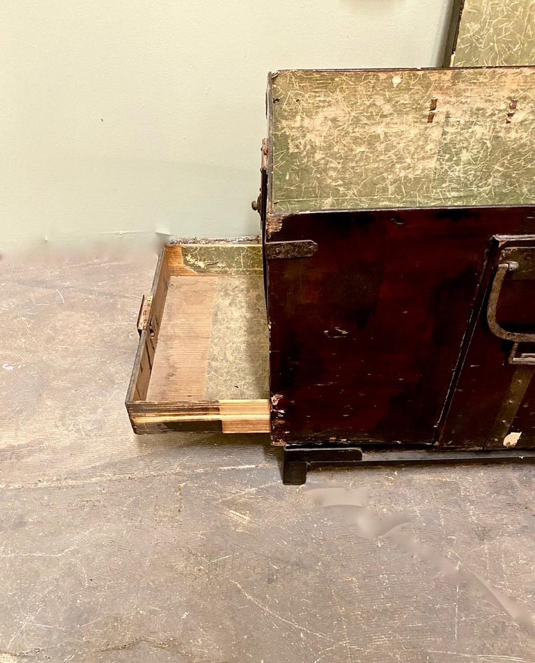 19th Century Japanese Trunk For Sale 4