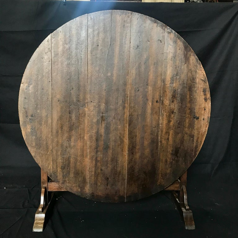 19th Century Large Antique French Wine Tasting Table In Excellent Condition For Sale In Hopewell, NJ