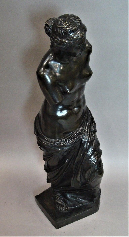 19th Century Large Bronze Grand Tour Sculpture of Venus de Milo For Sale 8