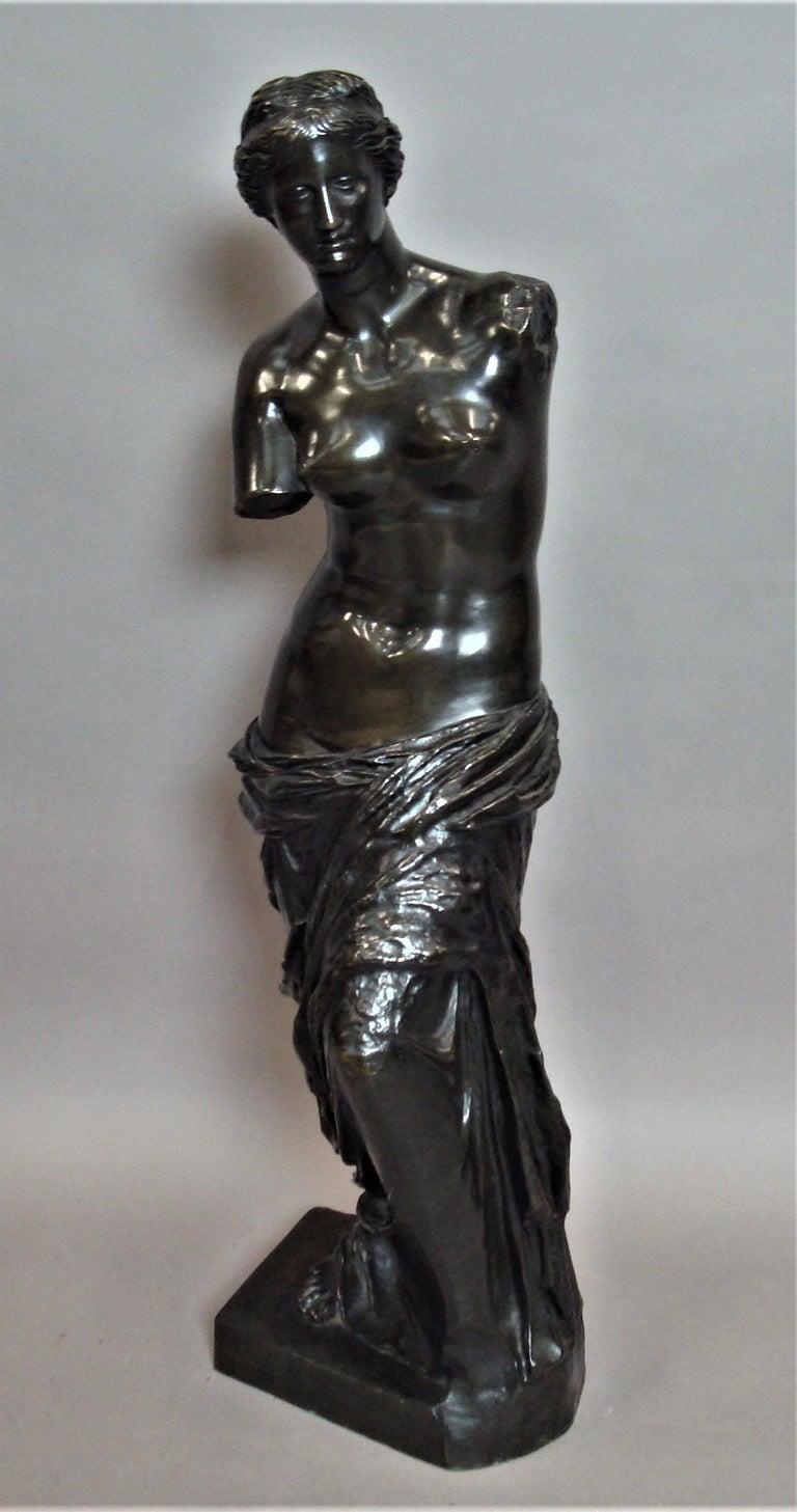 19th Century Large Bronze Grand Tour Sculpture of Venus de Milo For Sale 2
