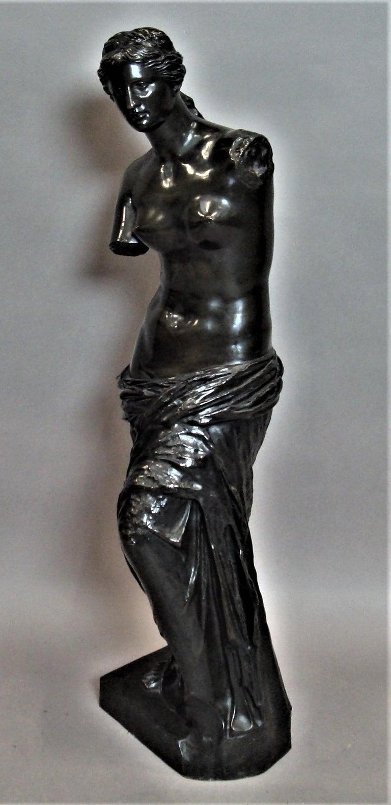 19th Century Large Bronze Grand Tour Sculpture of Venus de Milo For Sale 3