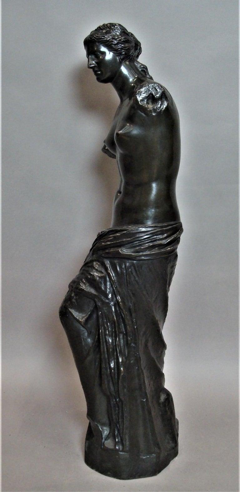 19th Century Large Bronze Grand Tour Sculpture of Venus de Milo For Sale 4