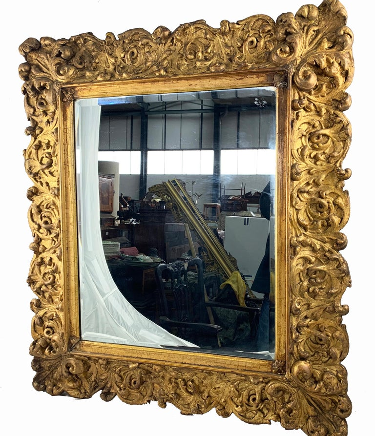 19th Century Large Carved Gilt Wood Mirror  For Sale 1