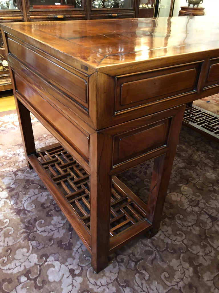19th Century Large Chinese Elm Wood Desk For Sale 3
