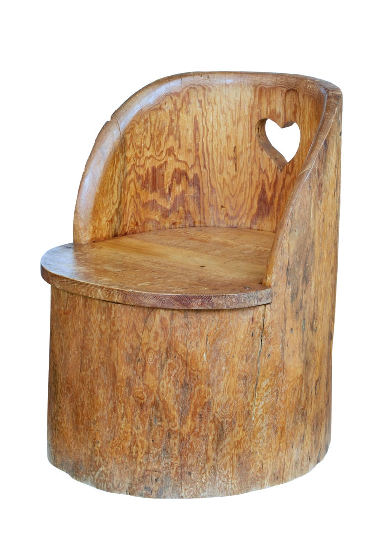 Hand-Carved 19th Century Large Dugout Rustic Pine Chair For Sale