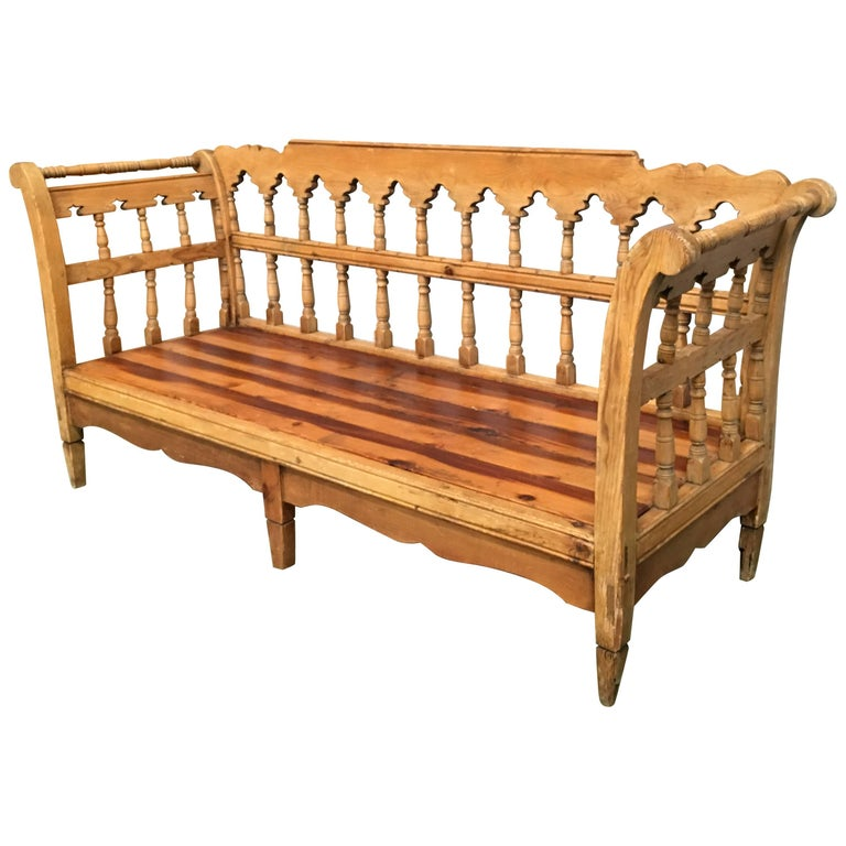 19th Century Large Pine Country Bench or Daybed For Sale