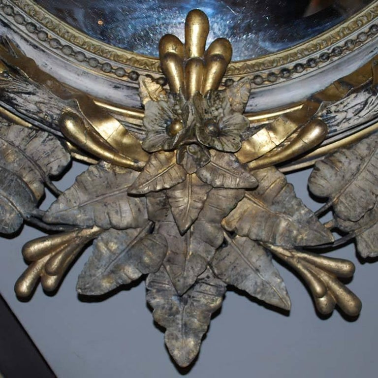 19th Century Large Scale Oval Gilt Mirror with Crest For Sale 1