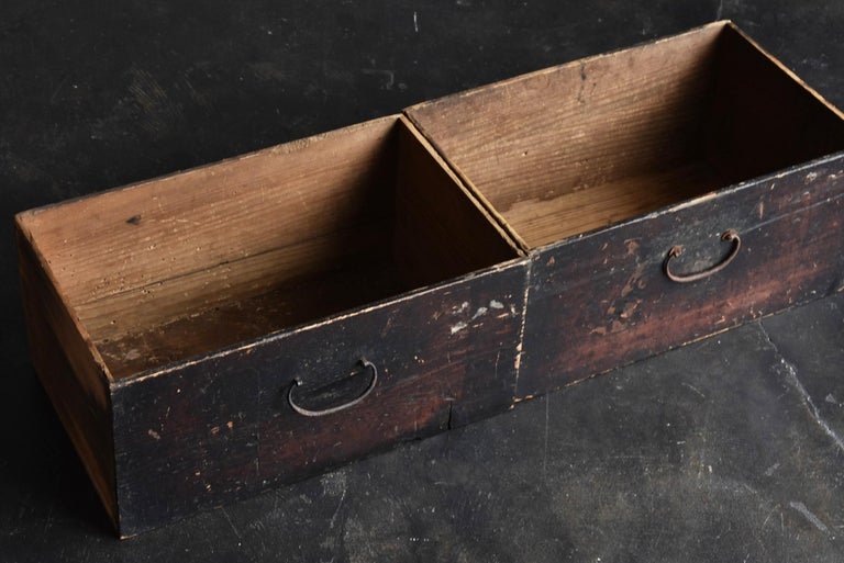 19th Century Late Edo Period Meiji Period Wood Black Drawer Chest / Tansu Chest For Sale 8