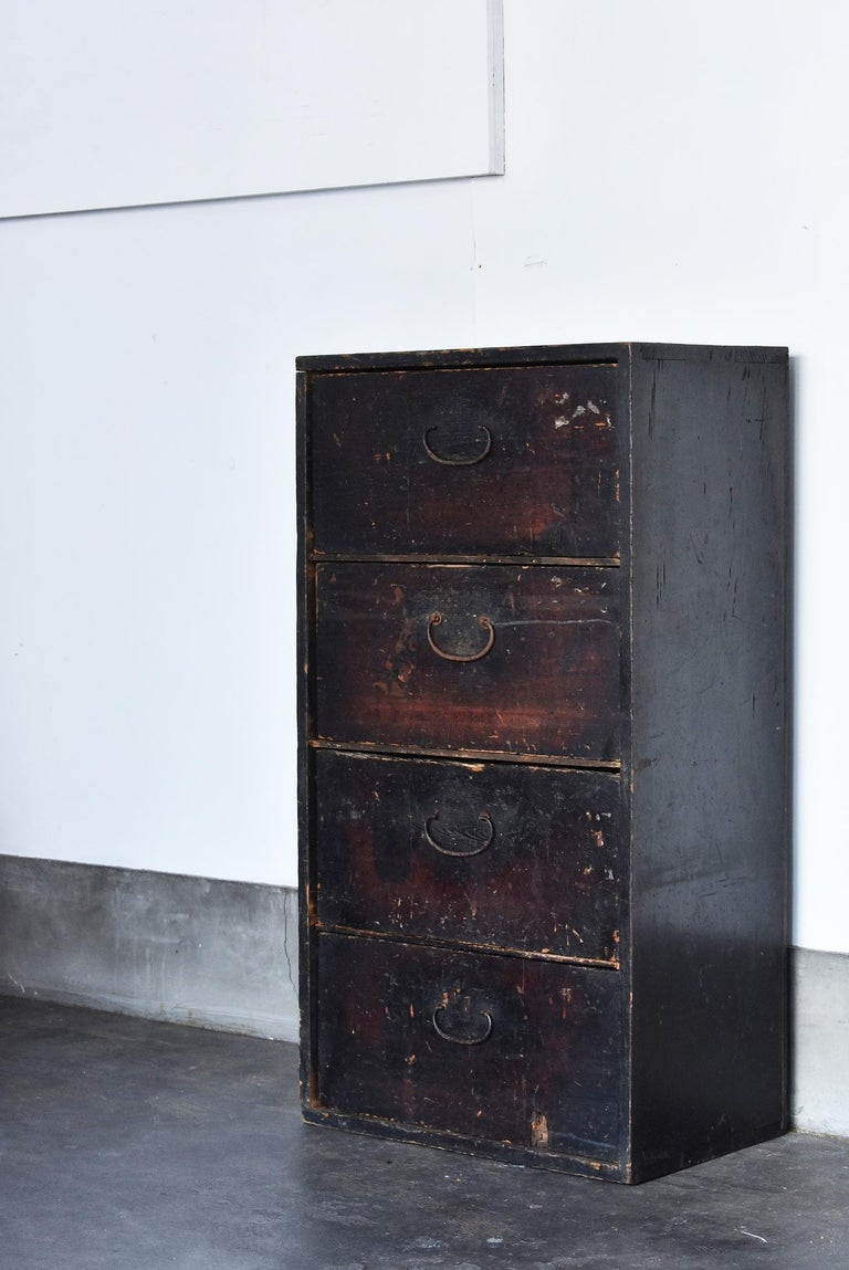19th Century Late Edo Period Meiji Period Wood Black Drawer Chest / Tansu Chest For Sale 15