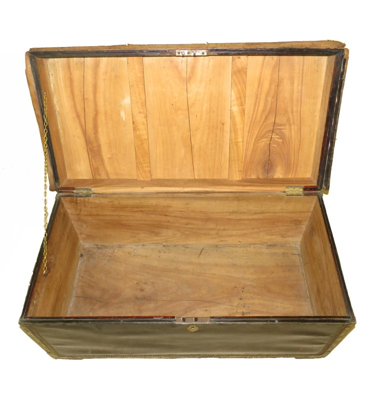 English 19th Century Leather Military Campaign Trunk For Sale