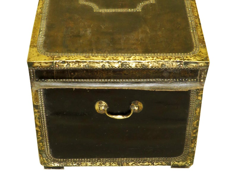 19th Century Leather Military Campaign Trunk In Good Condition For Sale In Bedfordshire, GB