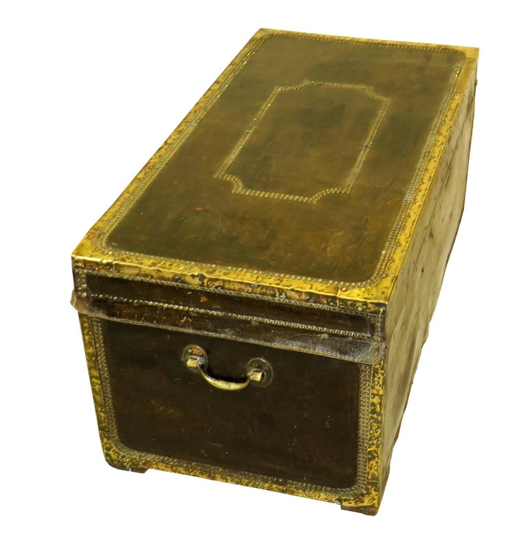 19th Century Leather Military Campaign Trunk For Sale 2