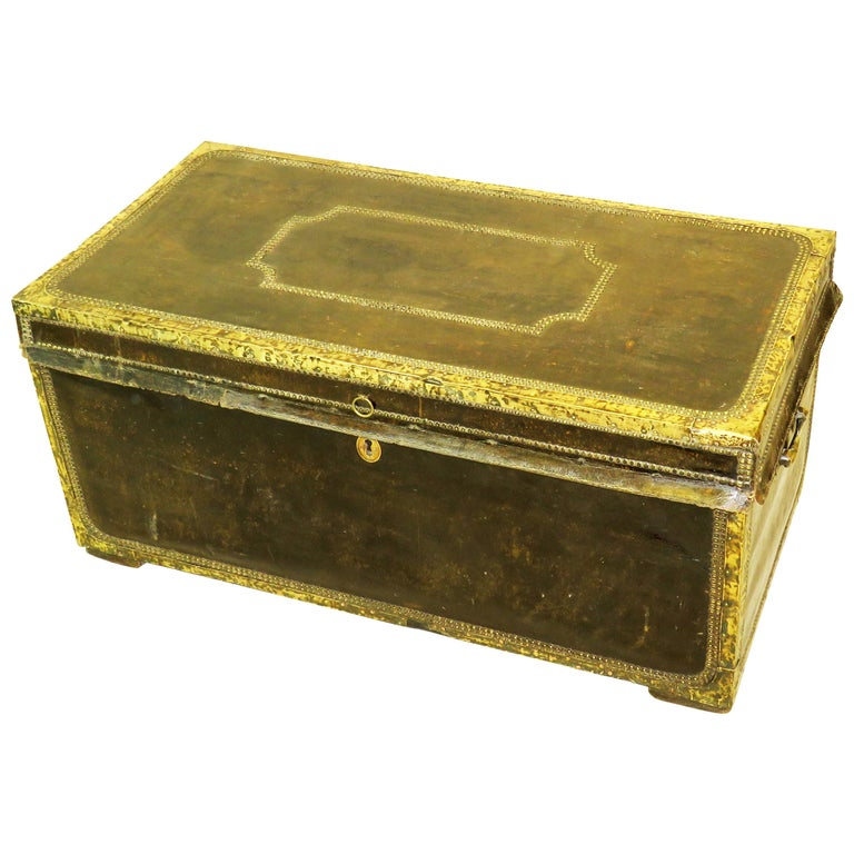 19th Century Leather Military Campaign Trunk For Sale