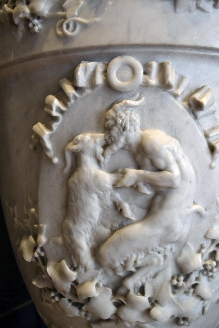 Italian 19th Century Lidded Compana Urn Hand Carved in Carrara Marble For Sale