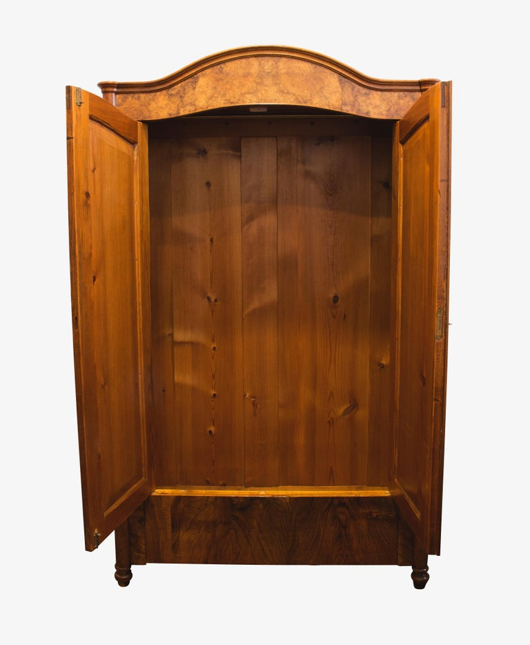 Wonderfully small walnut cabinet or wardrobe veneered on a pine body. The cabinet dates from the time of the late Biedermeier period (Louis Philippe). In a very well restored condition. An interior division in the form of shelves is included in the