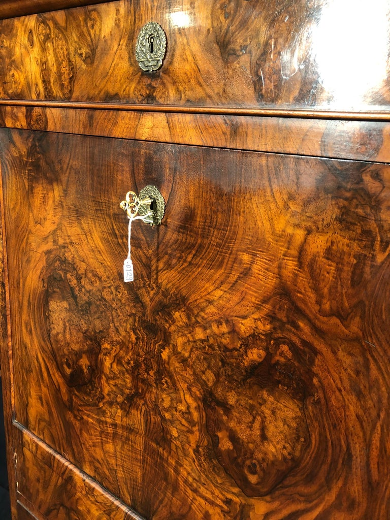 19th Century Louis Philippe Walnut Secretaire, Marble Top, 1840s In Fair Condition For Sale In Roma, IT