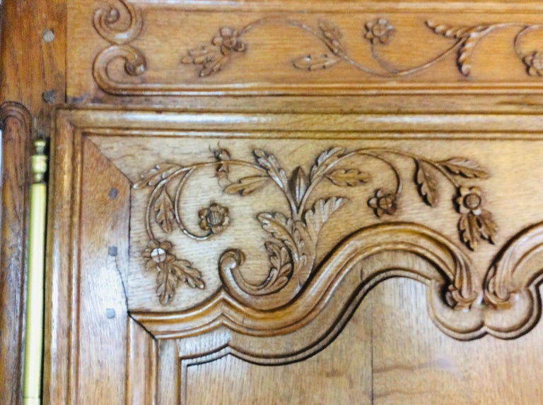 19th Century Louis XV Oak Armoire from Normandy, France For Sale 1