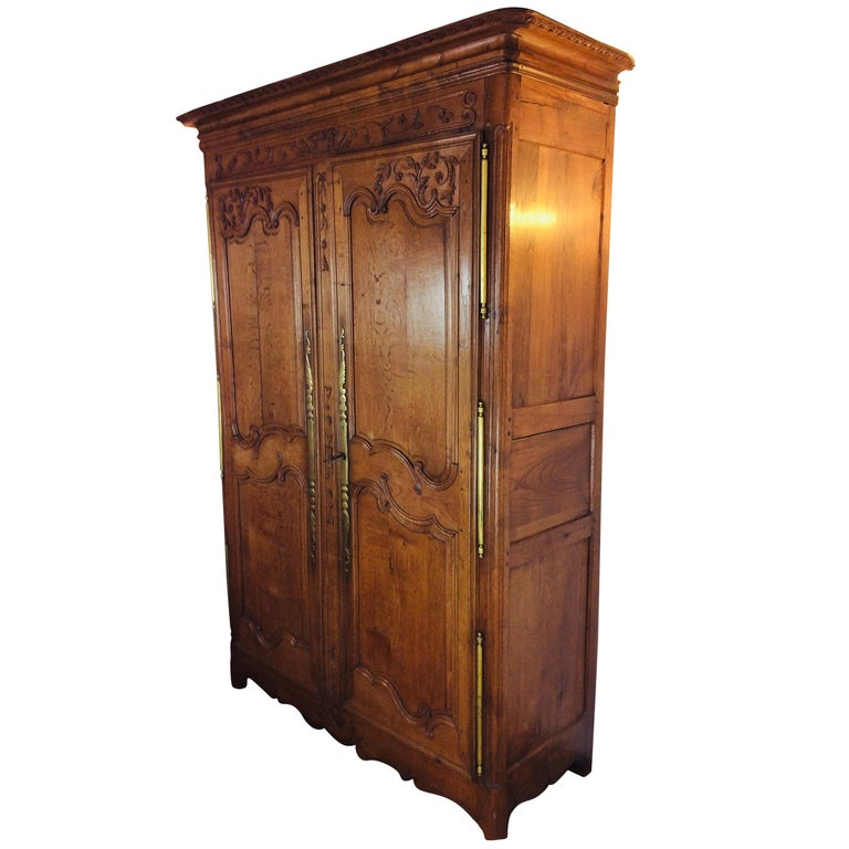 19th Century Louis XV Oak Armoire from Normandy, France For Sale
