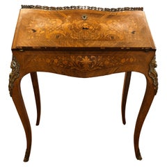 19th Century Louis XV Rosewood Bureau de Dame Desk Wood Inlay, 1890