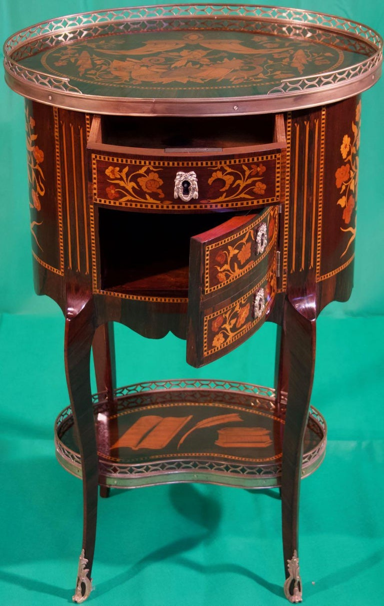 19th Century Louis XV Rosewood Nightstands For Sale 2