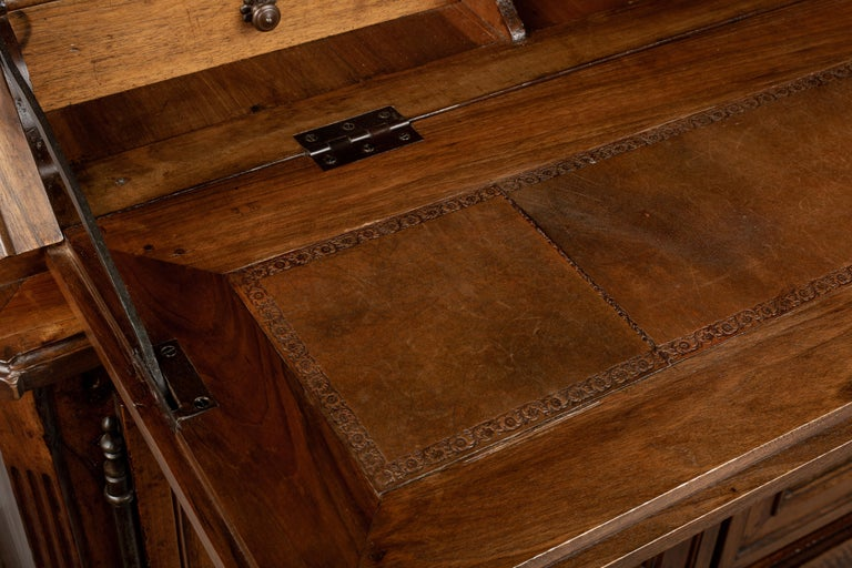19th Century Louis XV Style Secretaire For Sale 11