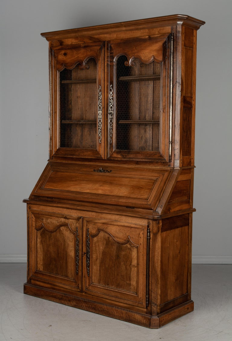Hand-Crafted 19th Century Louis XV Style Secretaire For Sale