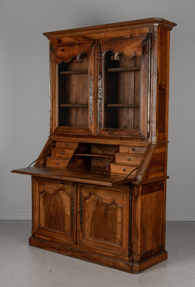 19th Century Louis XV Style Secretaire In Good Condition For Sale In Winter Park, FL