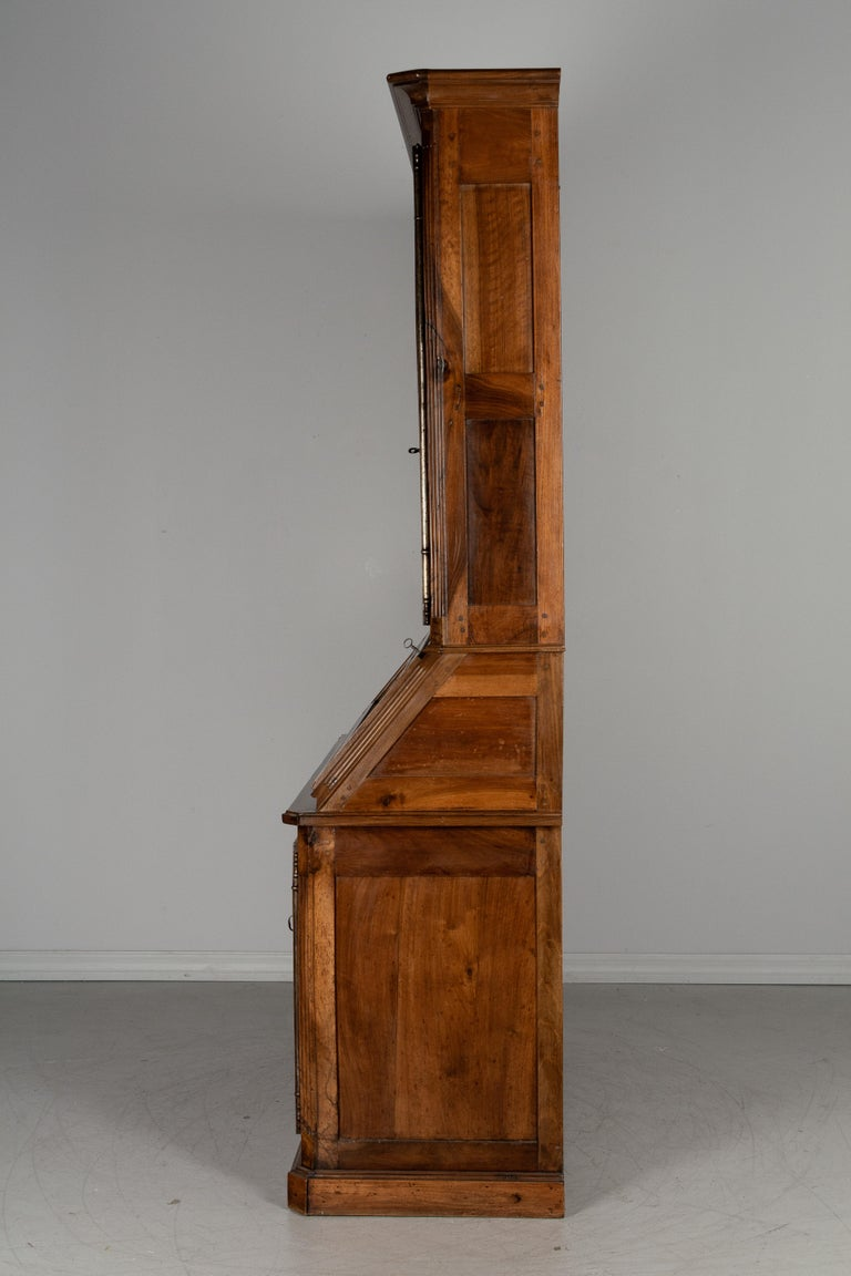 19th Century Louis XV Style Secretaire For Sale 1
