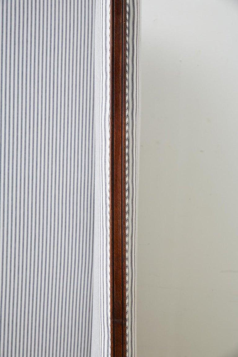 19th Century Louis XV Style Walnut Three-Panel Folding Screen For Sale 7