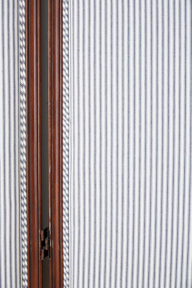 19th Century Louis XV Style Walnut Three-Panel Folding Screen For Sale 1