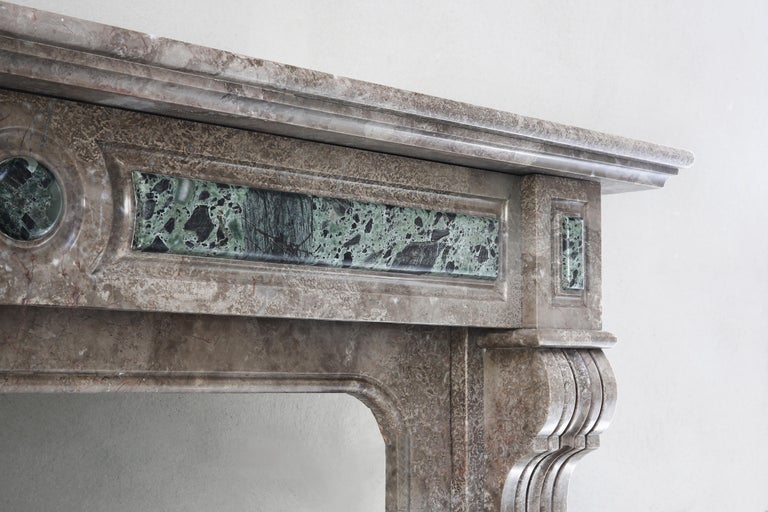 19th Century, Louis XVI Antique Marble Fireplace In Good Condition For Sale In Made, NL