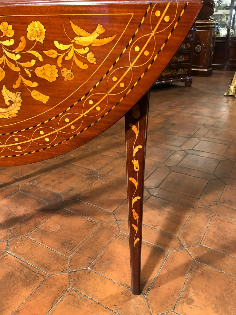19th Century Louis XVI Mahogany Inlay Dutch Table, 1800s In Good Condition For Sale In Roma, RM