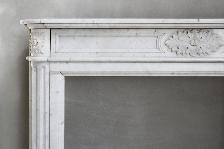 French 19th Century Louis XVI Mantel Surround of Carrara Marble For Sale