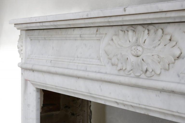 19th Century Louis XVI Mantel Surround of Carrara Marble For Sale 2