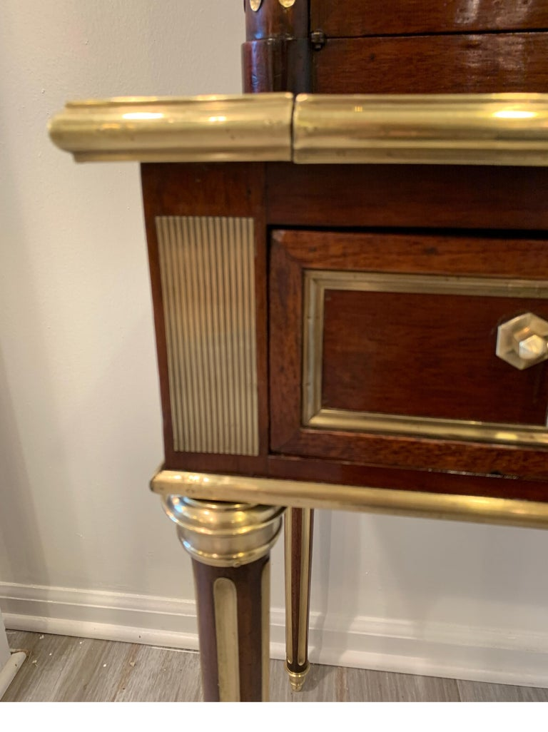 19th Century Louis XVI Style Diminutive Two Part Bookcase on Desk/Secretary In Good Condition For Sale In Lambertville, NJ