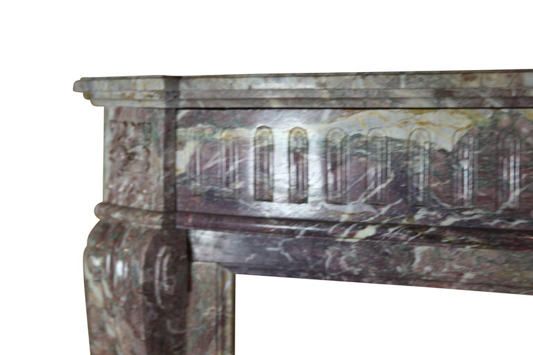 19th Century Louis XVI Style French Marble Antique Fireplace Surround In Good Condition For Sale In Beervelde, BE