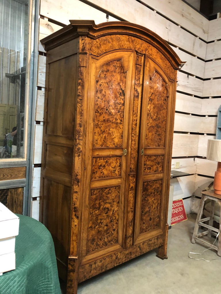 19th Century Louis XVI Style French Provincial Burled Ash Armoire For Sale 1
