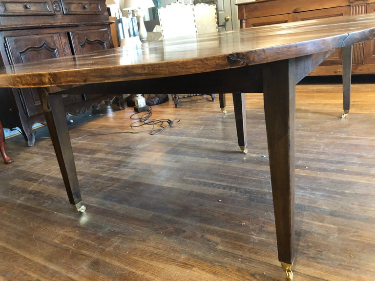 19th Century Louis XVI Style French Provincial Extending Walnut Dining Table In Excellent Condition For Sale In Middleburg, VA
