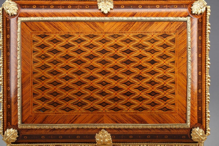 19th Century Louis XVI-Style Marquetry Jewelry Box For Sale 4