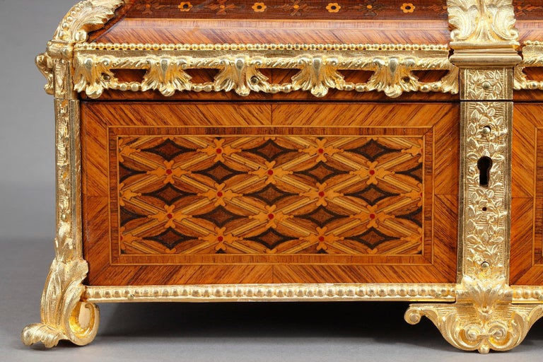 19th Century Louis XVI-Style Marquetry Jewelry Box For Sale 6